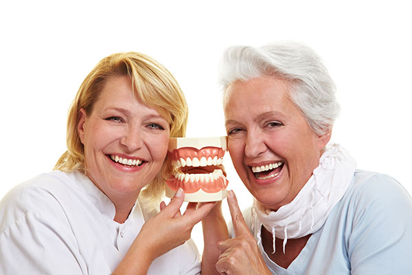 Signs That You Need Dentures